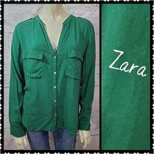 🔥 Zara Basic Large Green button front blouse